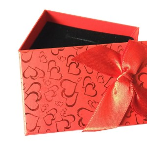 PG25 - Gift Box With Ribbon